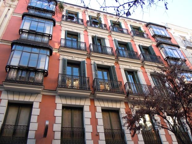 reforma-de-vivienda-en-el-centro-de-madrid-hollegha-arquitectos-7